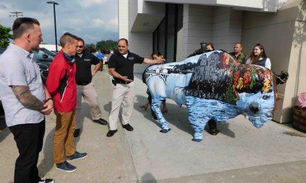 West Seneca students unveil art project at local restaurant